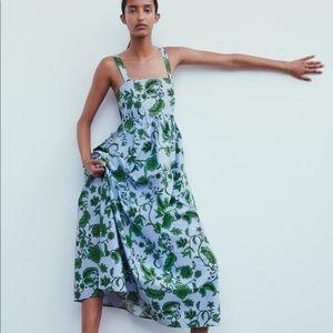 NWT Zara print dress